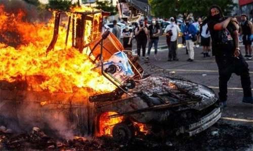 امریکا میں ہونے والے فسادات اور کراچی کی یاد