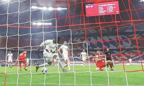 Lewandowski winner fires Bayern into German Cup final