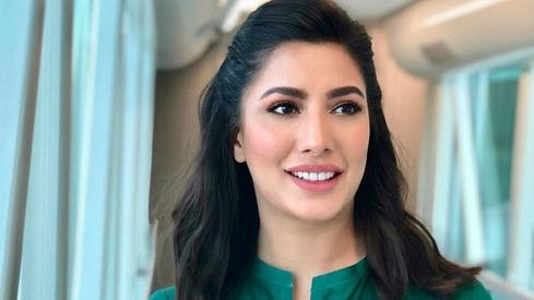 Mehwish Hayat confirms she doesn't have coronavirus