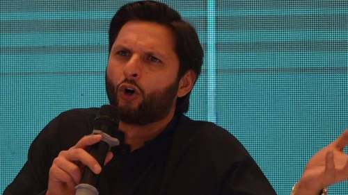 Former Pakistan captain Shahid Afridi tests positive for coronavirus