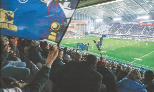 Fans savour return of stadium sport in virus-free New Zealand