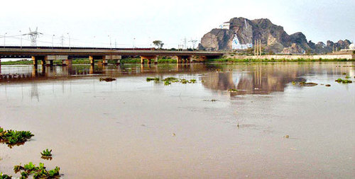 CM seeks inclusion of canal project in PSDP