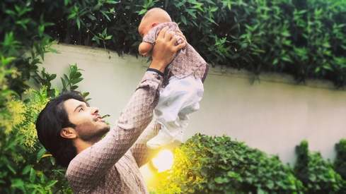 Pakistani stars celebrate Father's Day