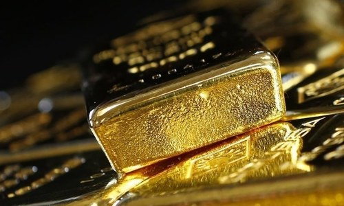 Gold scales new peak of Rs102,000 per tola