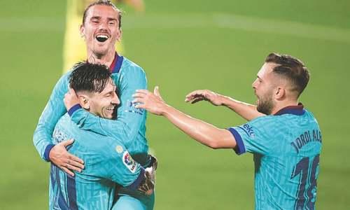 Real move closer to La Liga title with seventh straight win