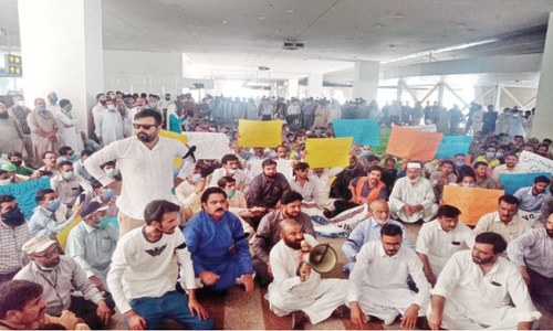 Civil Aviation employees protest outsourcing