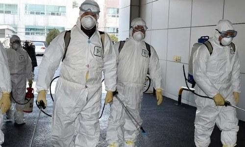 کورونا وائرس مخصوص مقامات پر ہوا سے پھیل سکتا ہے، ڈبلیو ایچ او