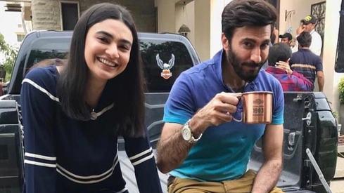 Aijazz Aslam pairs up with Saheefa Jabbar for Log Kia Kahenge