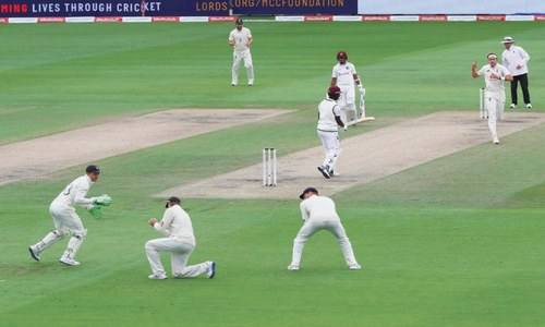 Broad takes six to put England in driving seat