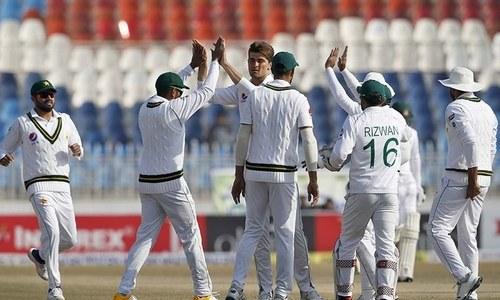 انگلینڈ کے خلاف ٹیسٹ سیریز کیلئے پاکستان کے 20 رکنی حتمی اسکواڈ کا اعلان