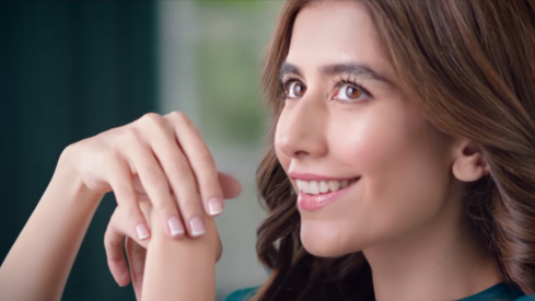 Syra Yousuf becomes the new face of Palmolive Naturals' latest product line