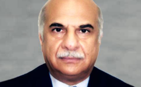 Bureaucrat retains key planning body post