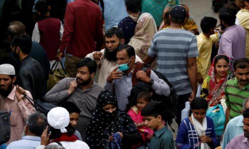 پاکستان میں کورونا وائرس کے مزید 565 کیسز، 17 اموات کا اضافہ