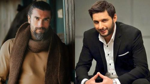 Turgut Alp and Shahid Afridi bond over Ertugrul and sports