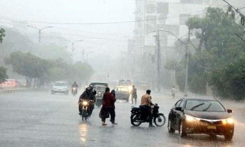 کراچی میں تیسرے روز بھی بارش، بچوں سمیت 6 افراد جاں بحق