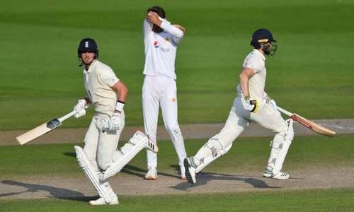 وہ غلطیاں جن کی وجہ سے انگلینڈ نے پاکستان کے ہاتھوں سے فتح چھین لی