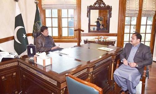 Buzdar meets PM ahead of NAB appearance