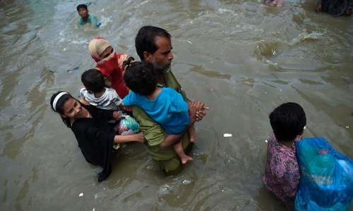 Rescue efforts ongoing as rain continues in Karachi for second day