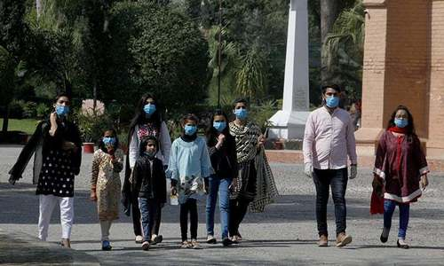 Experts warn of second wave of the coronavirus in Punjab yet again