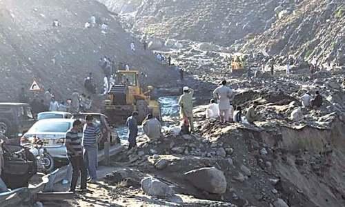 Traffic restored on KKH after clearing of landslides in Kohistan