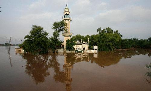 Mass evacuation in progress after high flood warning in Chenab