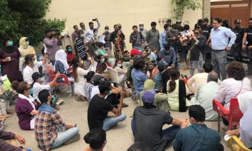 Residents approach Sindh High Court over CBC, DHA's 'abject failure to perform basic duties'