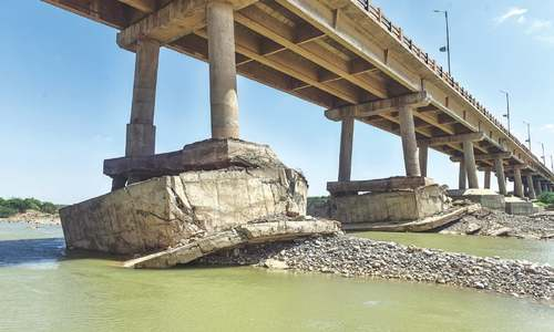 Despite NHA assurances, locals wary of 'fragile' pillars of Hub bridge