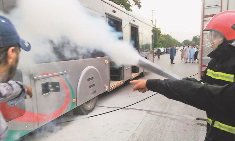 Peshawar BRT service suspended after bus catches fire