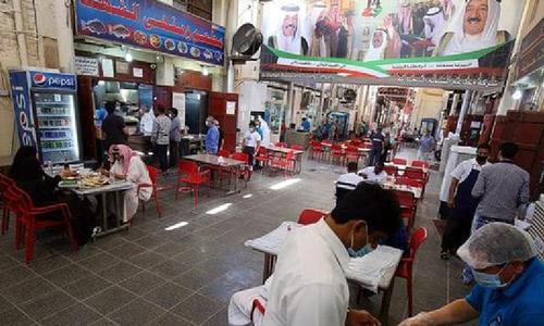 کویت: ایک لاکھ 27 ہزار غیرملکی اقامہ سے محروم
