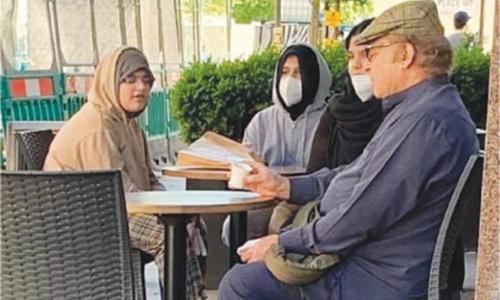 لندن میں پاکستانی مشن کو نواز شریف کے وارنٹ گرفتاری موصول