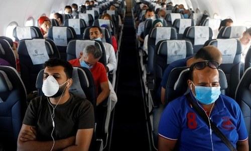 فضائی سفر کے دوران کورونا وائرس کی منتقلی کا خطرہ حقیقی، تحقیق