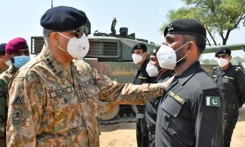 پاک فوج تمام چیلنجز اور علاقائی خطرات سے آگاہ ہے، آرمی چیف