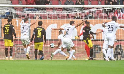 Haaland draws blank as Dortmund slump at Augsburg