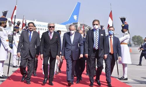 افغان مفاہمتی کونسل کے چیئرمین عبداللہ عبداللہ 3 روزہ دورے پر پاکستان پہنچ گئے