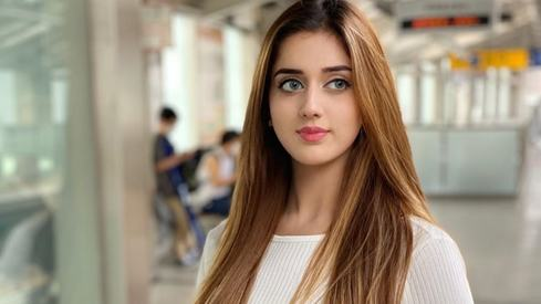 Jannat Mirza becomes the first Pakistani on TikTok to hit 10 million followers