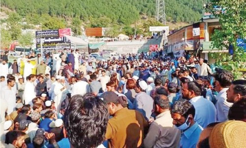 Balakot residents block road for plots in housing project