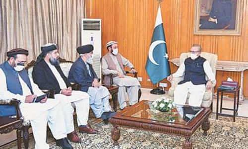 Pakistan stands by Afghan brethren in hard times: Alvi