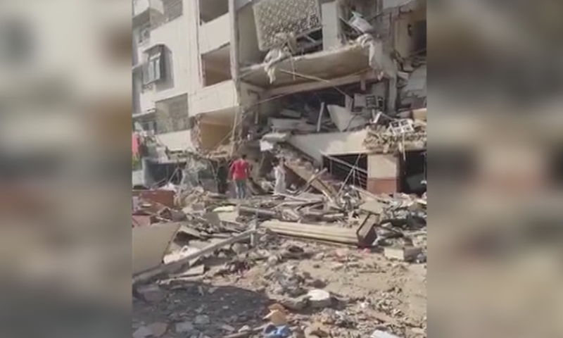 At least 3 dead, 15 injured in an explosion in Gulshan-i-Iqbal building in Karachi