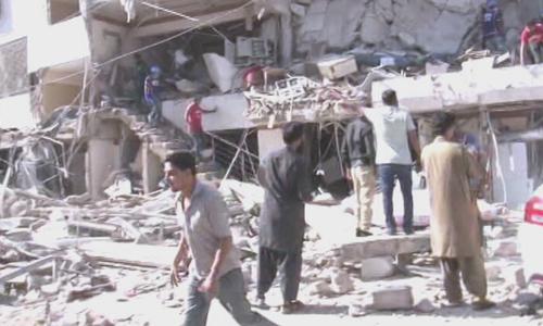 کراچی: گلشن اقبال میں مسکن چورنگی کے قریب دھماکا، 3 افراد جاں بحق