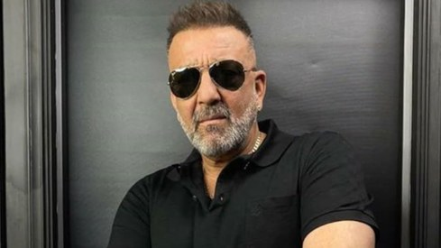 Sanjay Dutt announces recovery from cancer