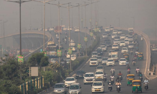 Delhi air crisis worsens as Indian farmers step up stubble fires