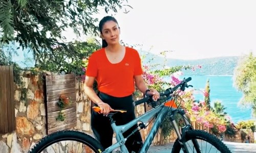 Here's how celebs and influencers helped CaC-1000 PLUS raise awareness on World Osteoporosis Day
