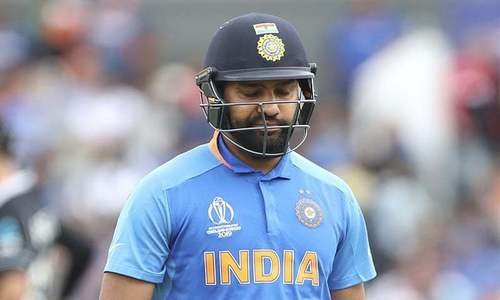 Gavaskar intrigued by extent of Rohit's injury