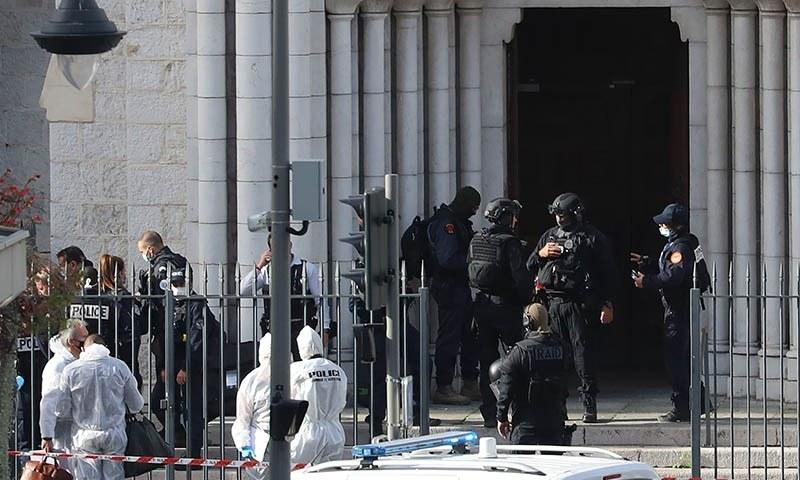 فرانس: گرجا گھر کے  قریب چاقو کے حملے میں خاتون سمیت 3 افراد ہلاک