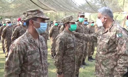 پاک فوج کو بطور ادارہ متنازع بنانے کی کوششیں کی جارہی ہیں، ڈی جی آئی ایس پی آر