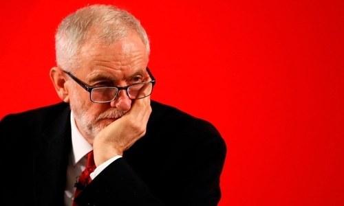 برطانیہ کی لیبر پارٹی نے اپنے سابق قائد جیریمی کوربن کو معطل کردیا
