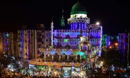 Country observes Eid-i-Miladun Nabi; leaders call for spreading Holy Prophet's teachings