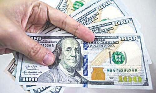 High liquidity pushes dollar below Rs160