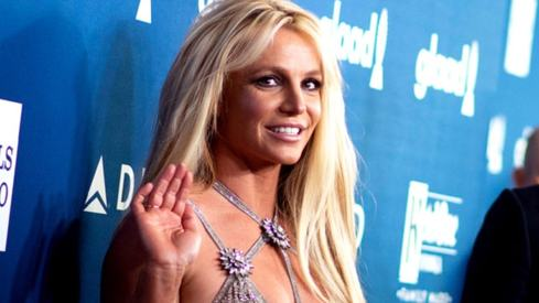 Britney Spears tells worried fans 'I'm fine'