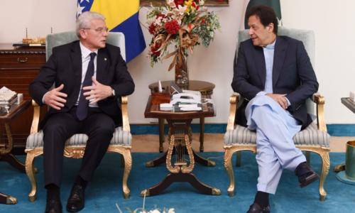 Pakistan, Bosnia sign accord for illegal migrants' return